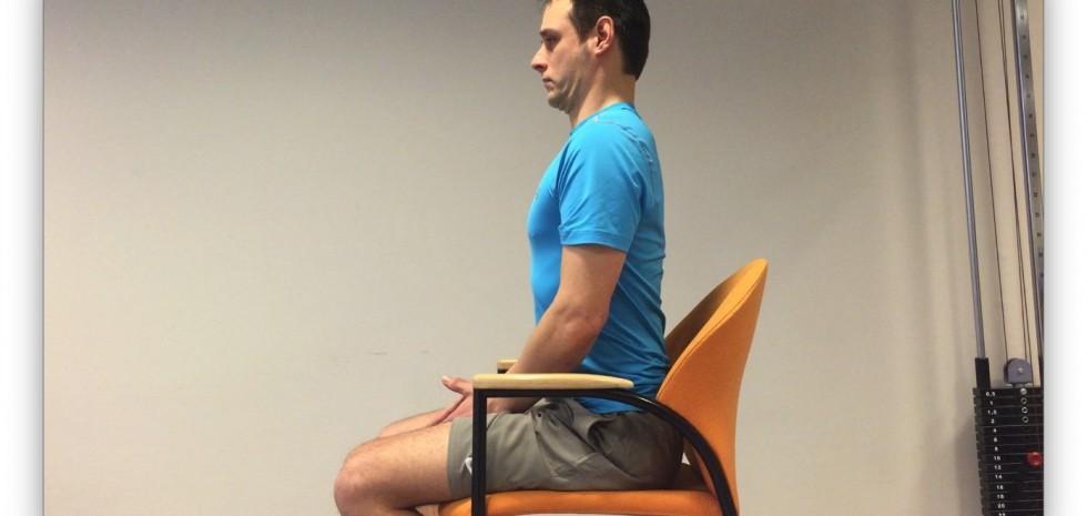 Oefening voor het versterken van de nekspieren.