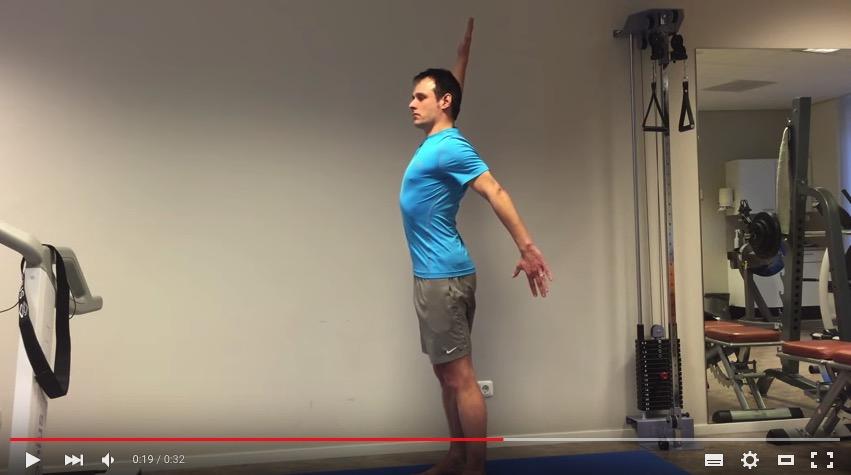 Screenshot van oefening tegen nekklachten (video).